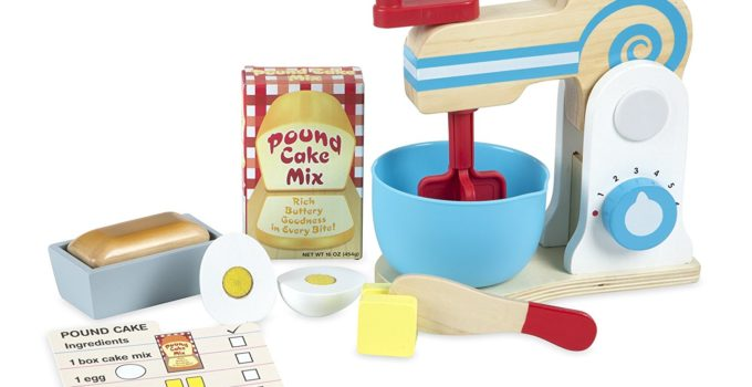 Melissa and Dougs Make-a-Cake Mixer Set