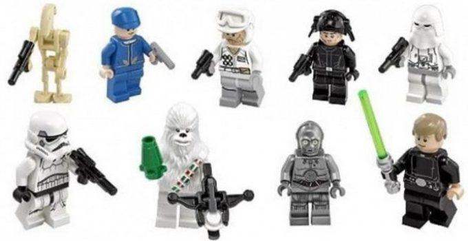 LEGO Star Wars 75146 Advent Calendar Building Kit mini figurines close ups