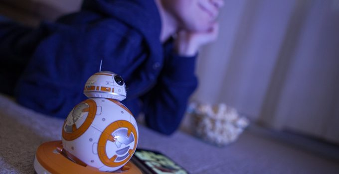 friend with Sphero Star Wars BB-8 Droid
