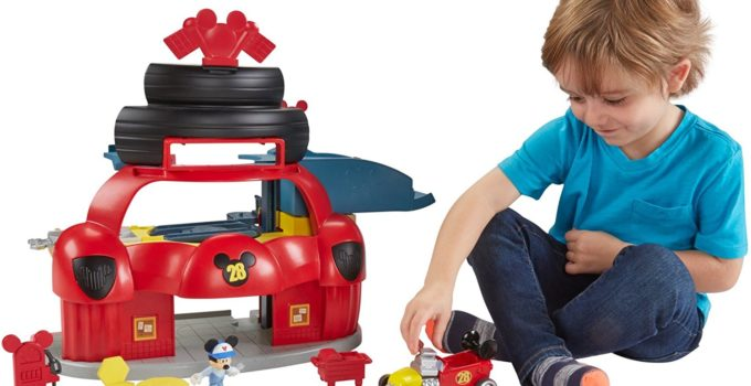 Fisher-Price Disney Junior Mickey Roadster Racers Playset review